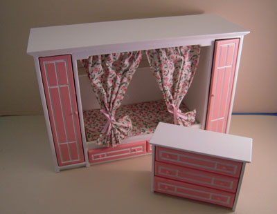 Townsquare Pink Girly 2 Piece Bedroom Set 1:12 scale