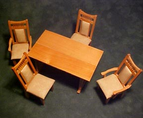 Townsquare 5 Piece Dining Set 1:12 scale