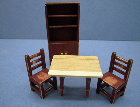 1//24 SCALE MINIATURE KITCHEN CABINET NEW OLD STOCK