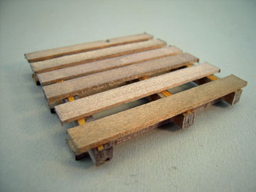 Serendipity Handcrafted Weathered Wooden Pallet 1:12 scale