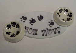 """1"""" Scale Bow Wow Dog Bowls and Mat"""