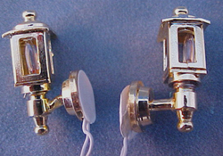 "Cir-Kit 1/2"" Scale Pair of Brass Colonial Coach Lights"