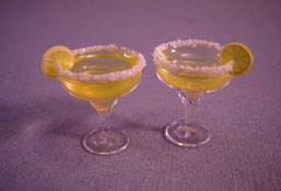 "1"" Scale Bright deLights Pair Of Margaritas With Salt And Lime"