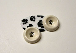 """1/2"""" Scale By Barb Hand Crafted Pet Bowls and Mat"""