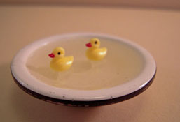 "1"" Scale Karen Aird Hand Crafted Metal Bowl Of Baby Ducks"