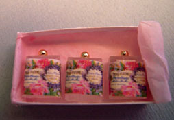 """Loretta Kasza 1"""" Scale Hand Crafted Pink Box Of Perfumes"""