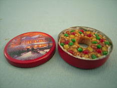 "Lola Originals 1"" Scale Tin Of Fruit Cake"