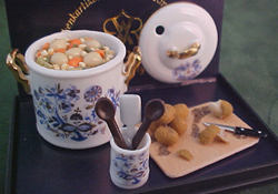 "1"" Scale Potato Soup Set"