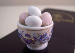 """1"""" Scale Reutter Porcelain Bowl Of Farm Fresh Eggs"""