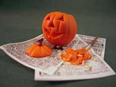 "All Through The House 1"" Scale Hand Crafted Carving a Jack O'Lantern Display"